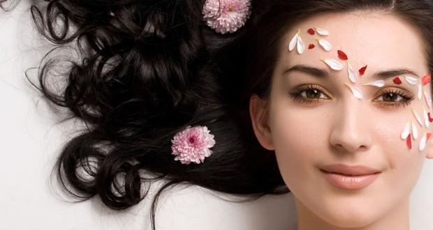 Какво не знаем за аромата на козметиката