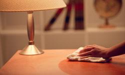 Как да върнете живота на старите мебели
